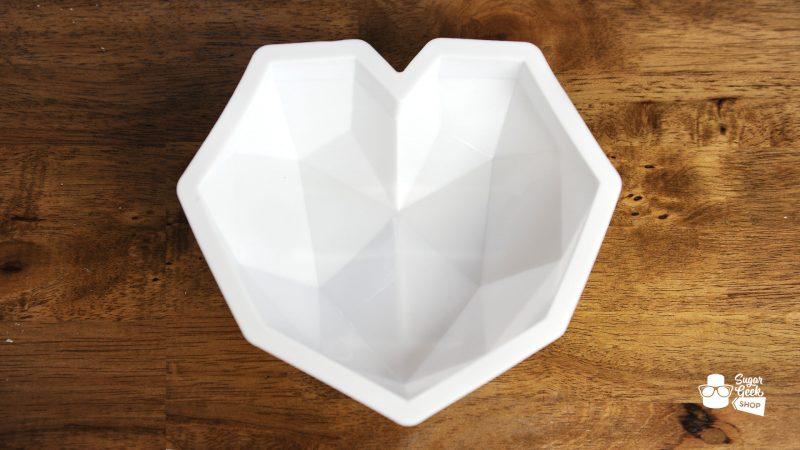 heart shaped mirror glaze mold